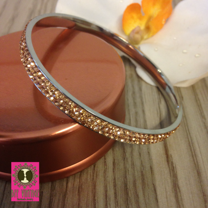 Stainless steel armband peach